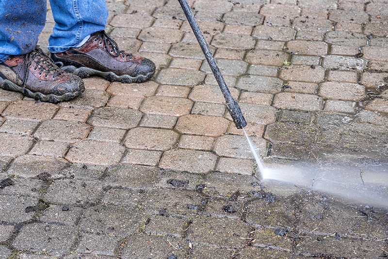 Patio Cleaning Services in Basingstoke Hampshire